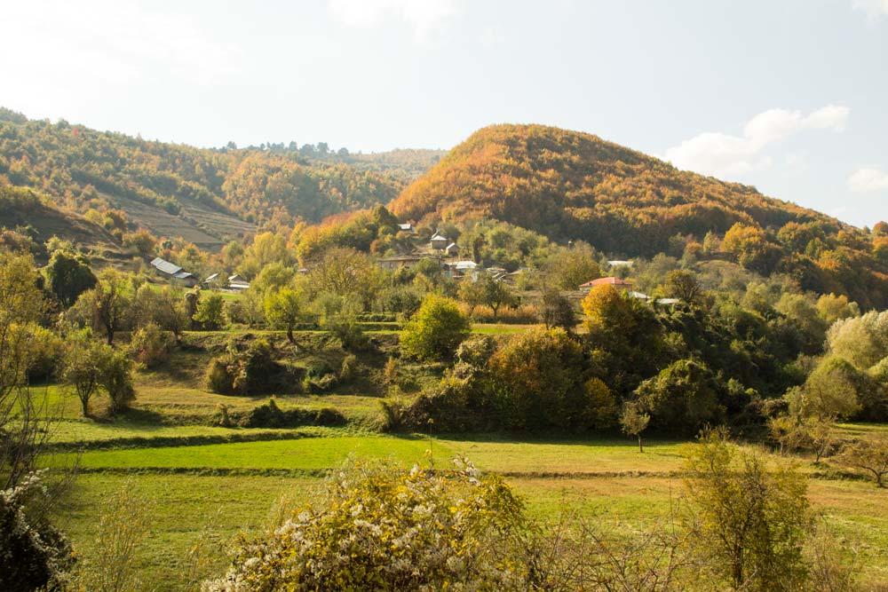 autumn colors in ceta village