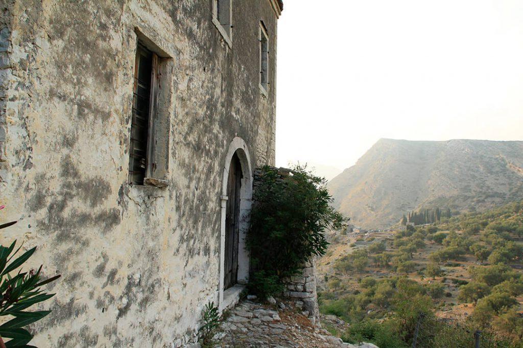 old house qeparo